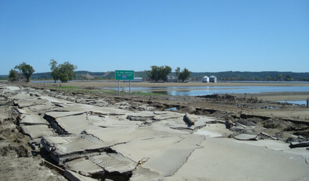 A 2011 spring flood completely destroyed the pavement of I-680 near Council Bluffs, which required emergency roadway repair to receive FHWA Emergency Relief funding.