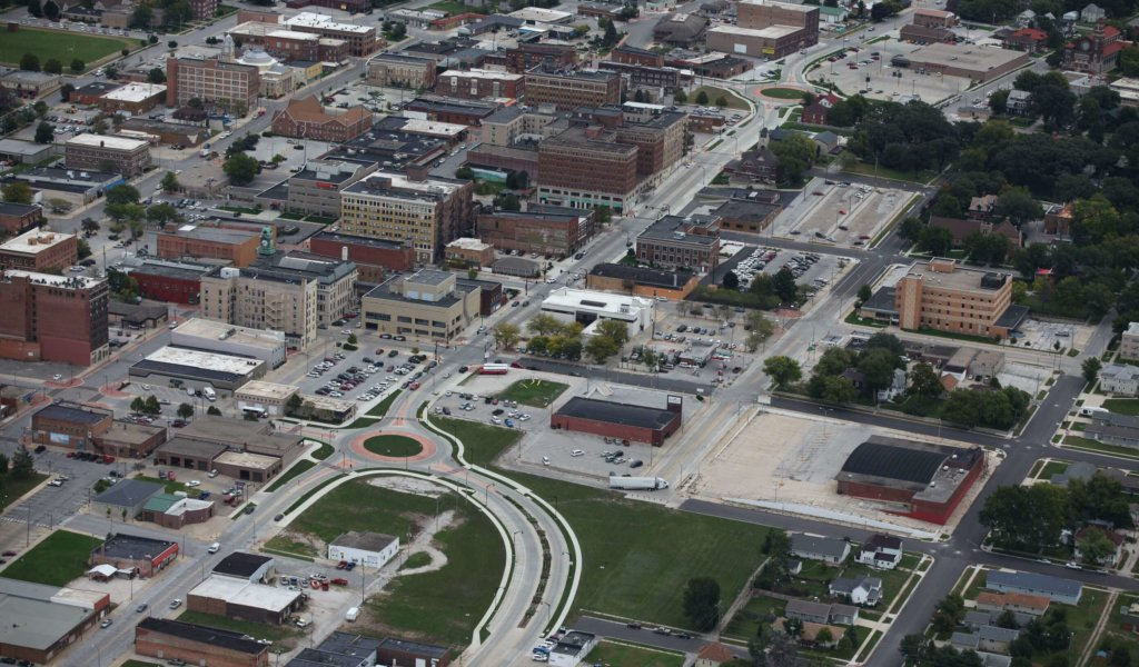 Aerial view looking northeast shows Iowa Highway 926 approach to the roundabout at South 6th Street in Fort Dodge for the Cross-Town Connector project