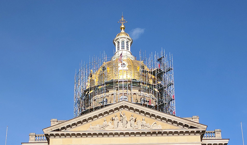 Scaffolding surrounding top of Iowa State Capitol dome