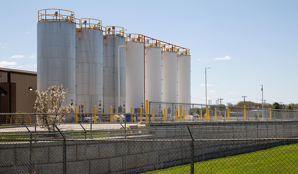 large fuel tanks in a row