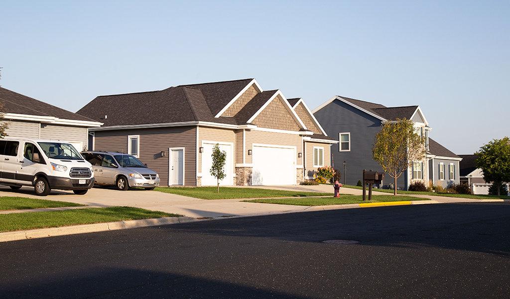 single family homes in a neighborhood