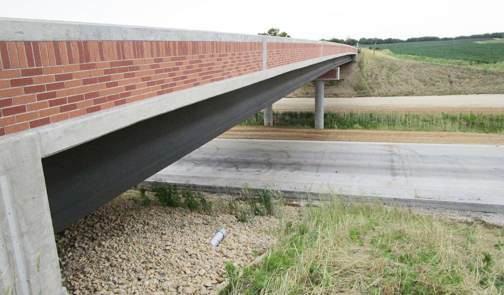 multi-tone brick decoration on overpass