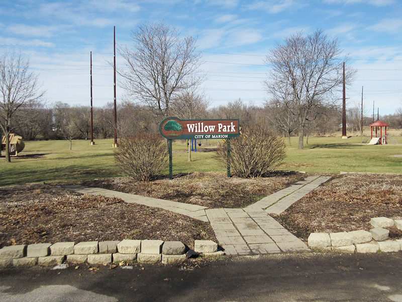 willow park entrance sign in marion, ia