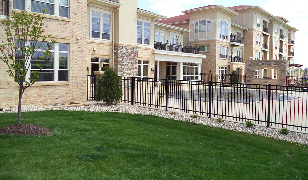 landscaping outside of apartment development