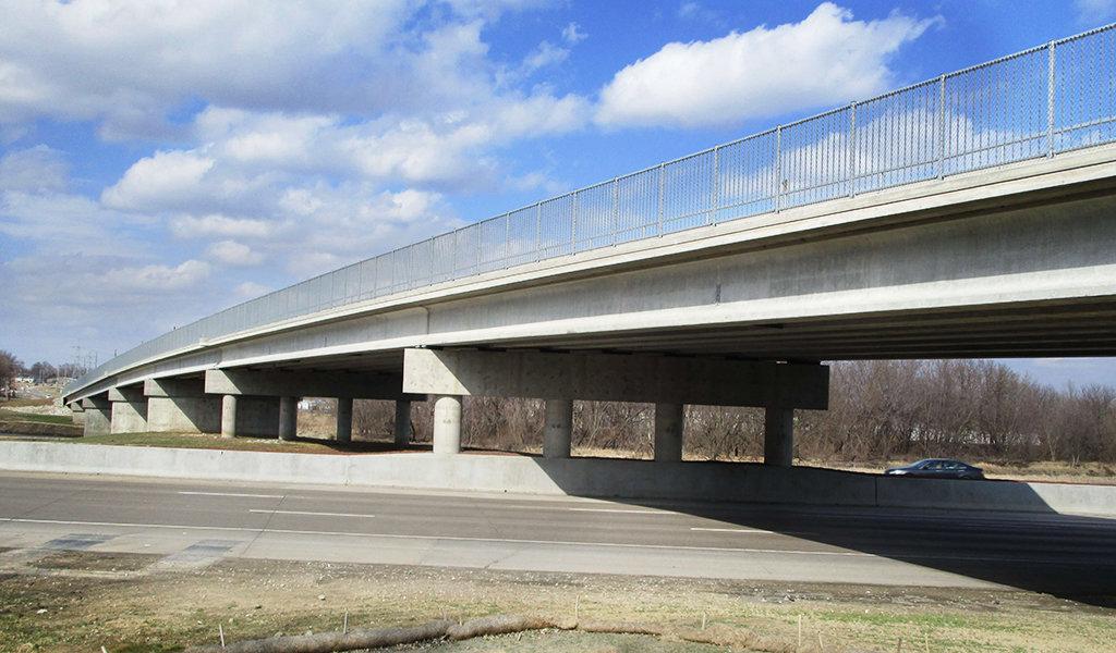 complete beaver bridge median pier
