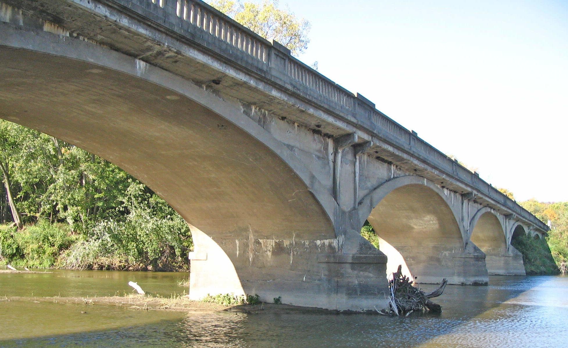 Eureka Bridge in Green County before Rehab was done