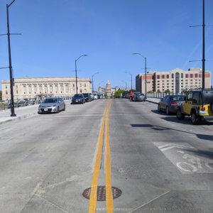Des Moines bridge and sidewalk