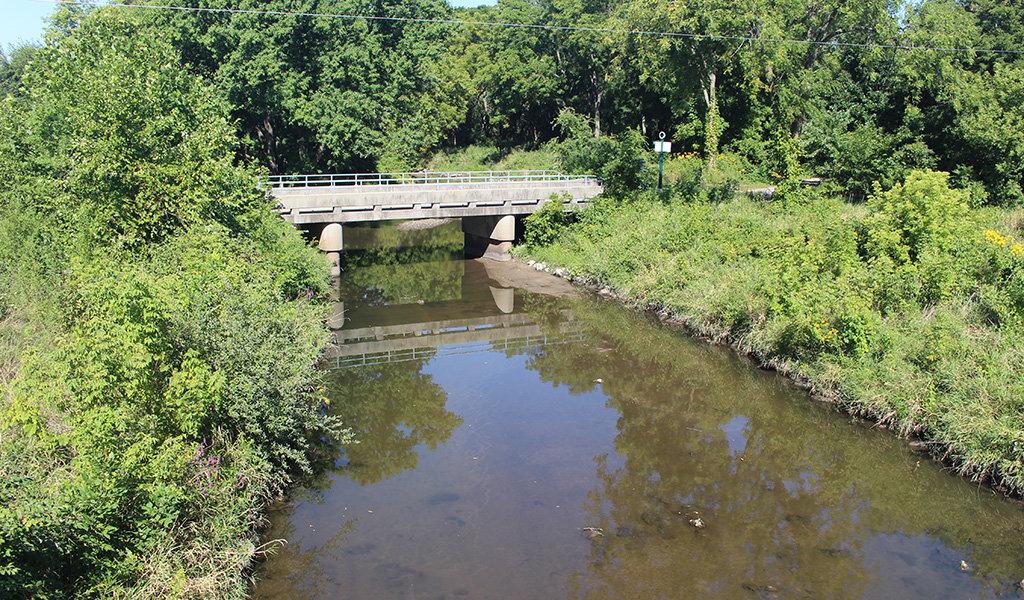 bridge over walnut creek